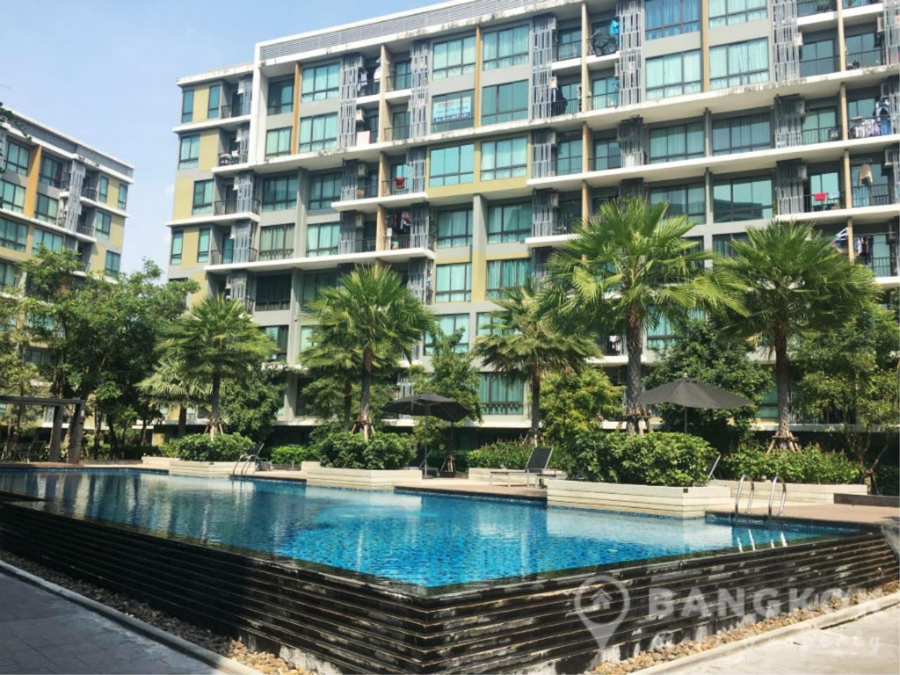 Bangkok Real Property Agency's ICondo Sukhumvit 103 | Modern 1 Bed 1 Bath with Garden View in Udomsuk 1