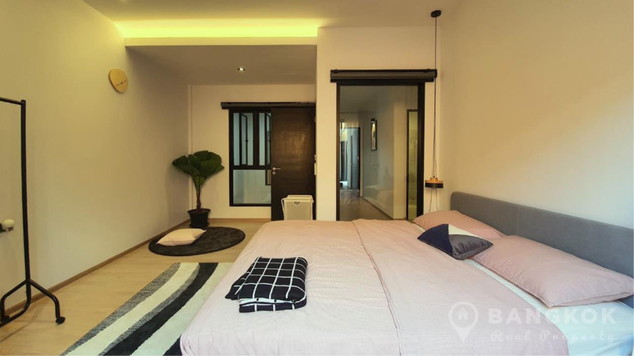 Bangkok Real Property Agency's Stunning Loft Style 3 Bed Townhouse in Phrom Phong  10