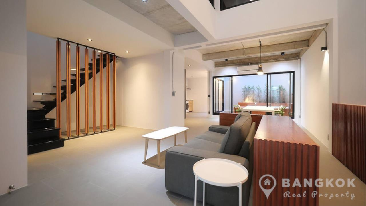 Bangkok Real Property Agency's Stunning Loft Style 3 Bed Townhouse in Phrom Phong  1