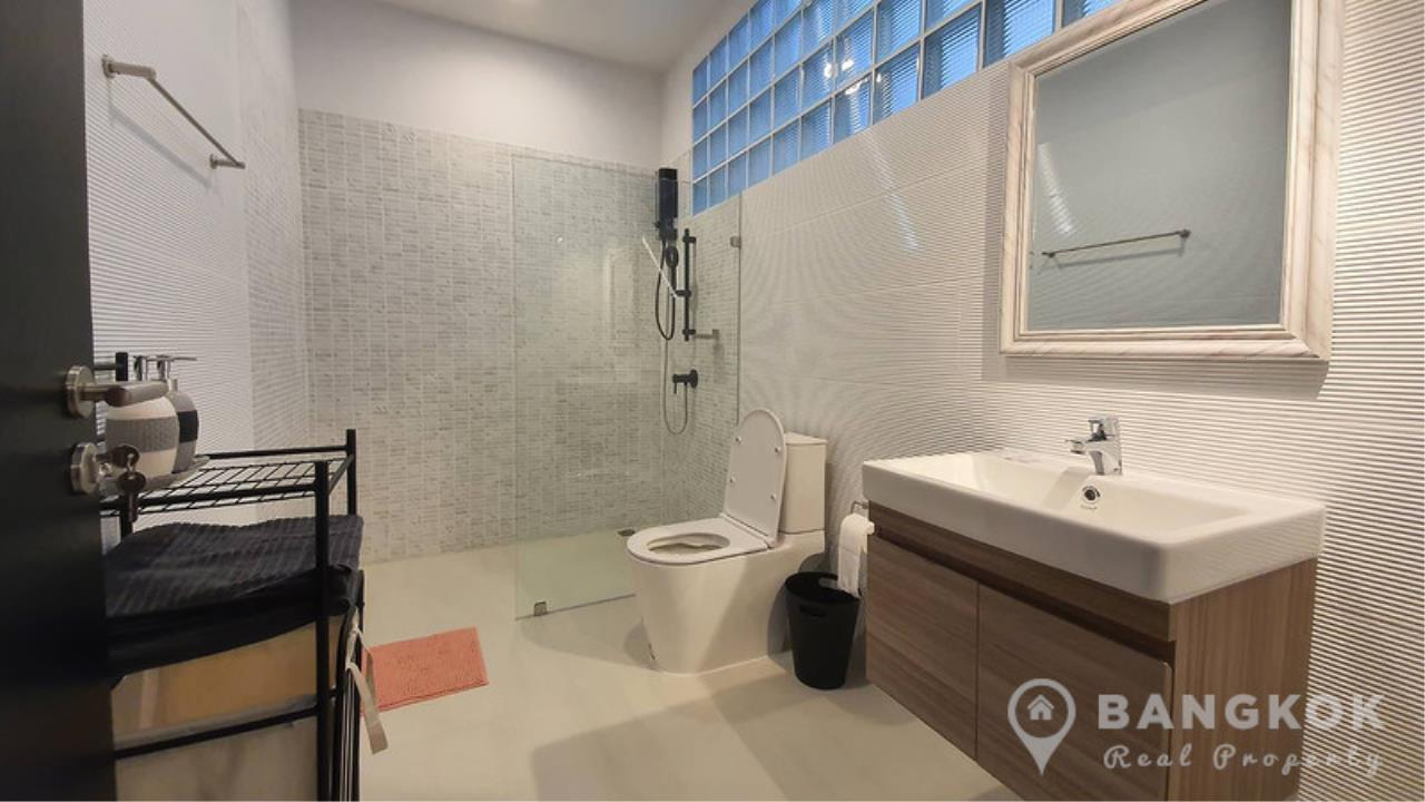 Bangkok Real Property Agency's Stunning Loft Style 3 Bed Townhouse in Phrom Phong  11