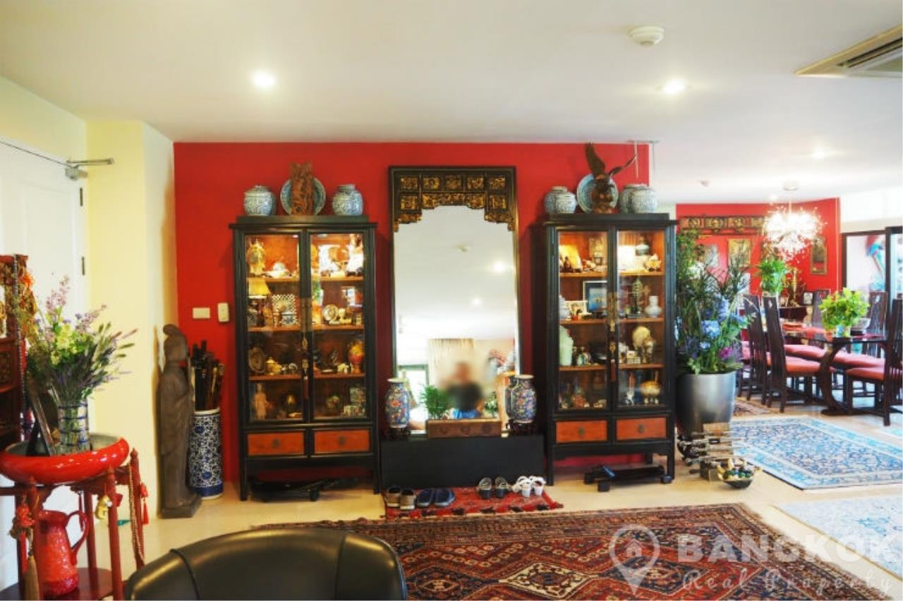 Bangkok Real Property Agency's Baan Ananda | Elegant Spacious 3 Bed 4 Bath + 1 Maid near Ekkamai BTS 1