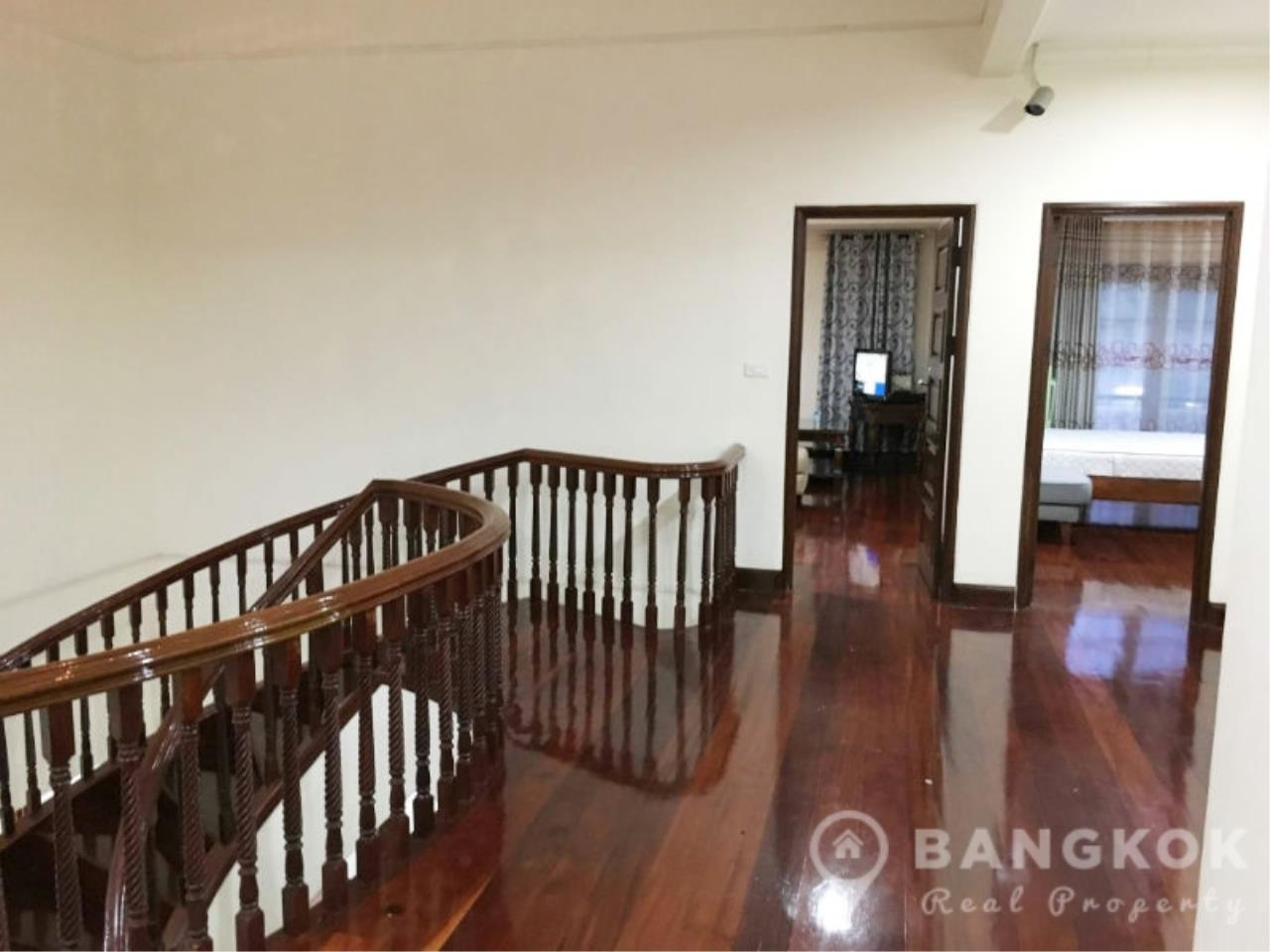 Bangkok Real Property Agency's Large Detached 6 Bed 5 Bath Phatthanakan House for Sale 7