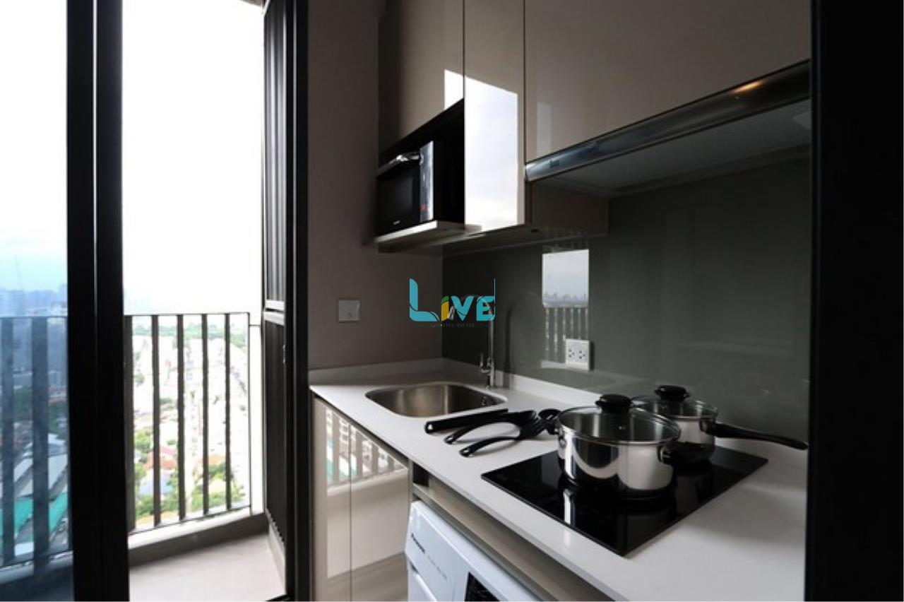 Live Quality Estate Agency's Room for rent Whizdom Essence Sukhumvit 101/1 (Close to true digital park, third 101 shopping mall and 300 m. to BTS Punnawithi station) 8