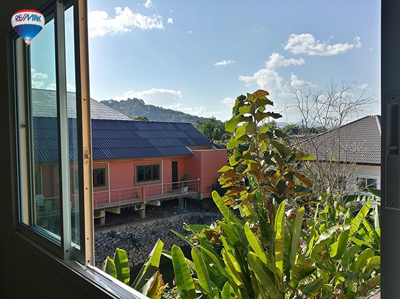 RE/MAX Classic Agency's Selling new townhome !!!  at 1.35 million bath downtown Chiang Rai. 13