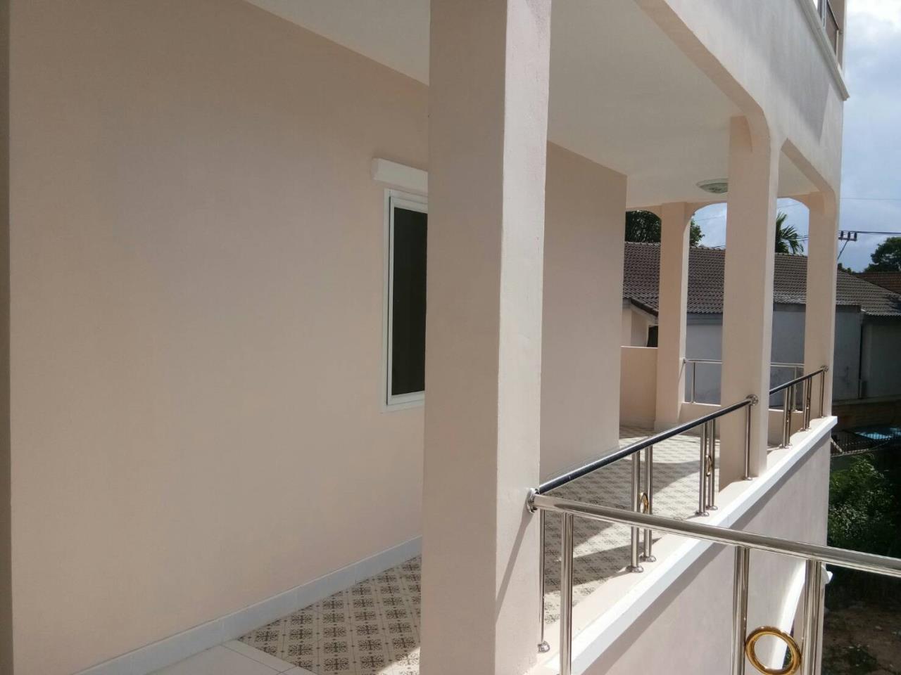 Agent - Thammajak Agency's Sale building 3 floors Pattaya Nakluea 16 Alley, near Wongamat beach Pattaya 12