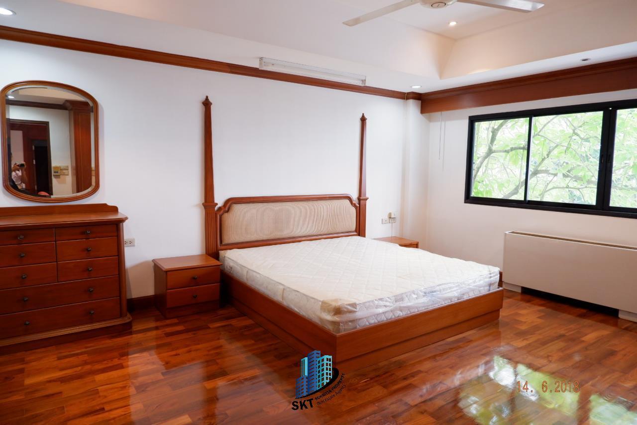 Sukritta Property Agency's For Rent  Insaf Court Near Bts Nana 10