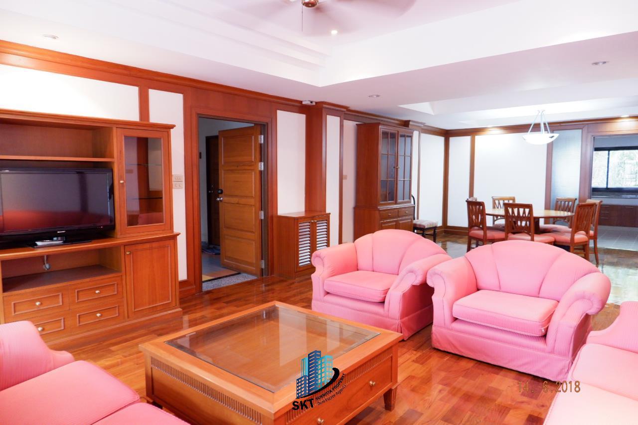 Sukritta Property Agency's For Rent  Insaf Court Near Bts Nana 3