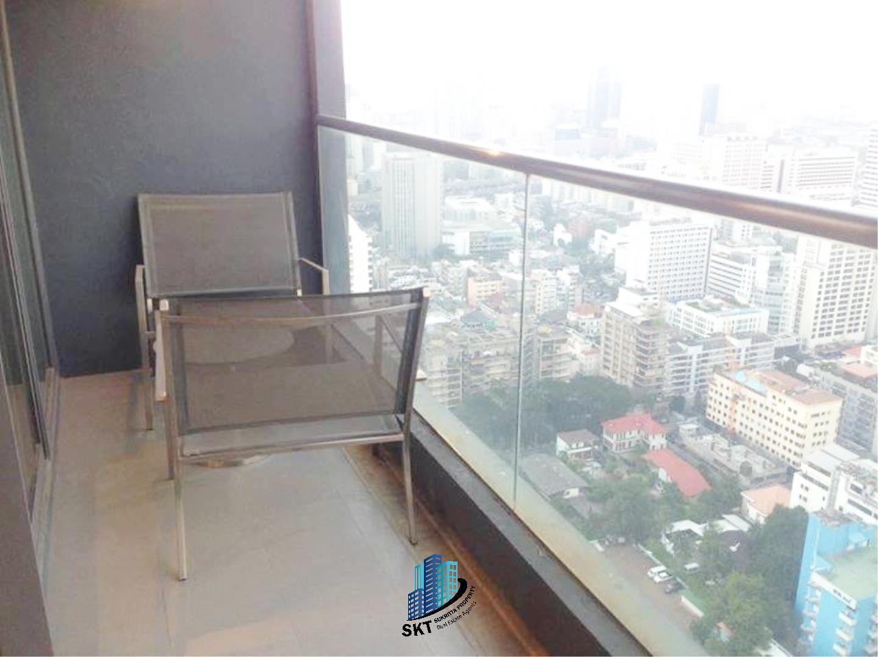 Sukritta Property Agency's Hyde Sukhumvit 13 condominium Near BTS NANA 5