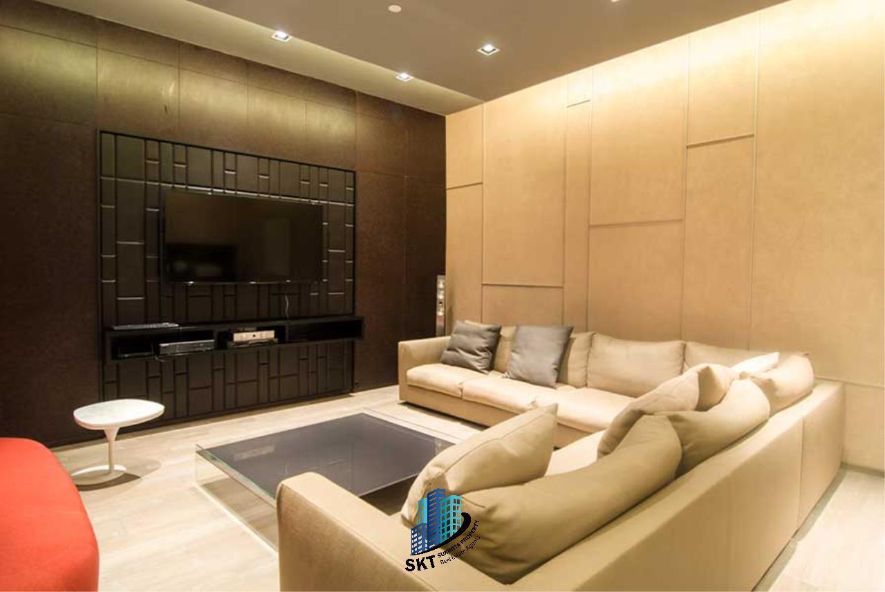Sukritta Property Agency's Hyde Sukhumvit 13 condominium Near BTS NANA 21
