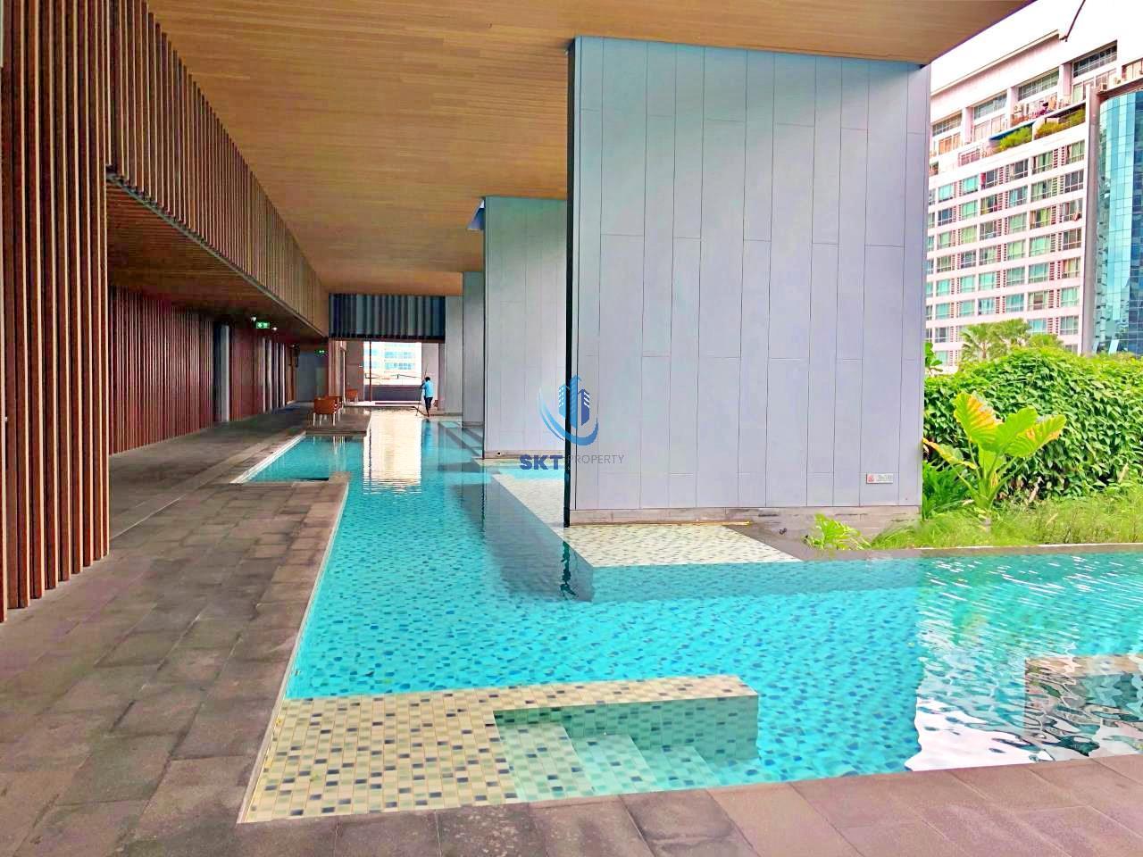 Sukritta Property Agency's Hyde Sukhumvit 13 condominium Near BTS NANA 2