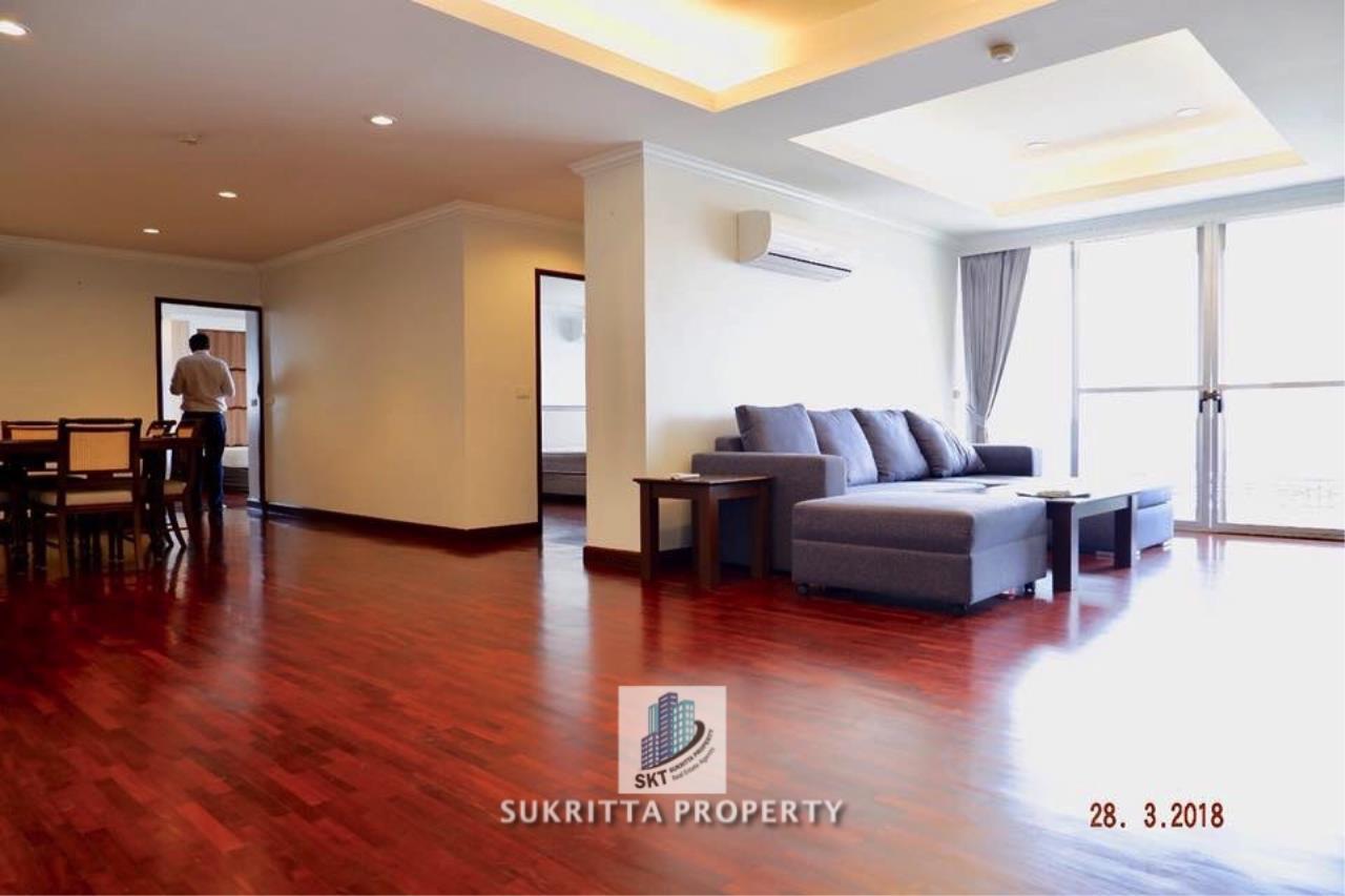 Sukritta Property Agency's Newton Tower Near BTS Nana 3