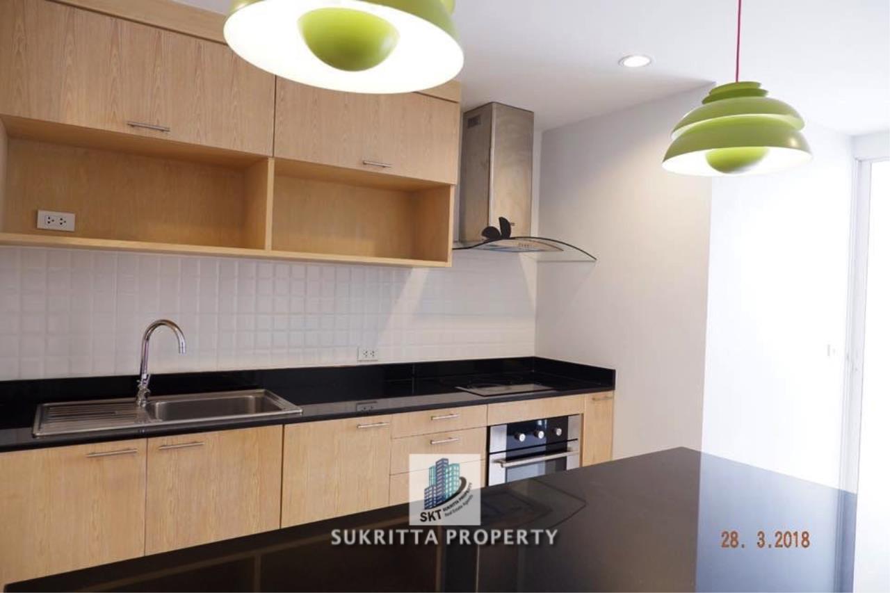 Sukritta Property Agency's Newton Tower Near BTS Nana 6