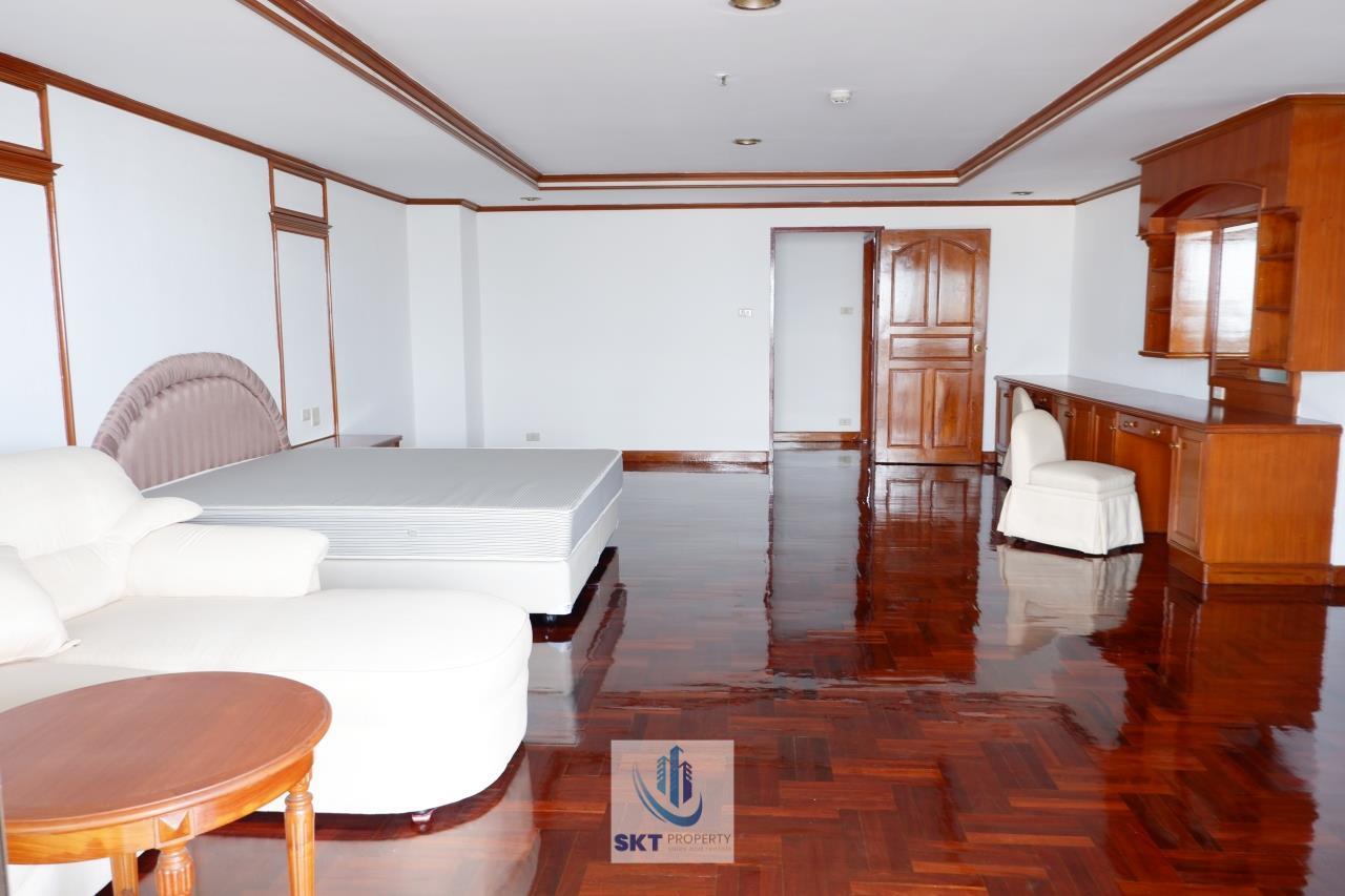 Sukritta Property Agency's Sethiwan Mansion  Sukhumvit 49 in Thonglor 7