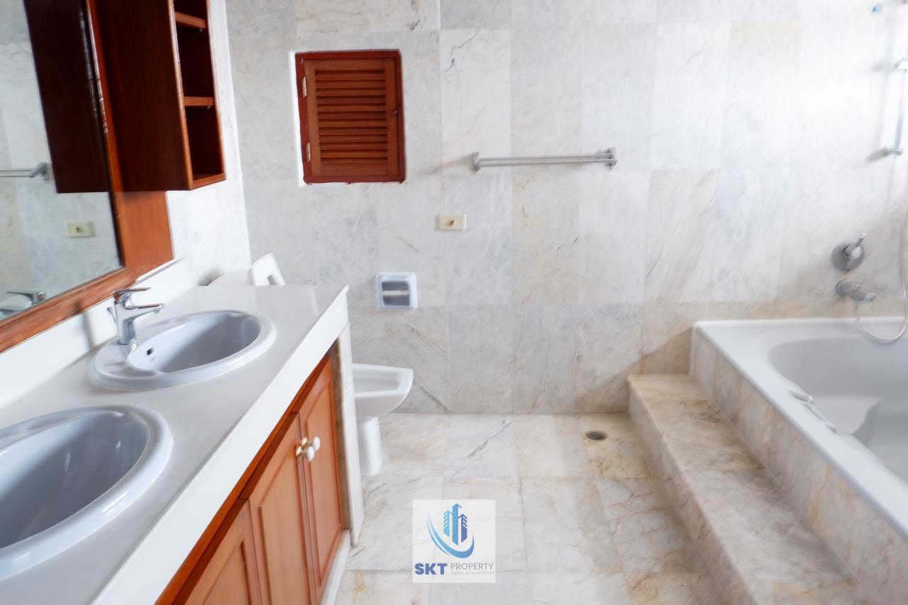 Sukritta Property Agency's Sethiwan Mansion  Sukhumvit 49 in Thonglor 11