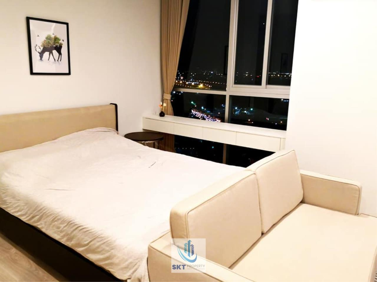 Sukritta Property Agency's FOR RENT NOBLE REVOLVE RATCHADA 2 NEAR MRT THAILAND CULTURAL CENTER 5