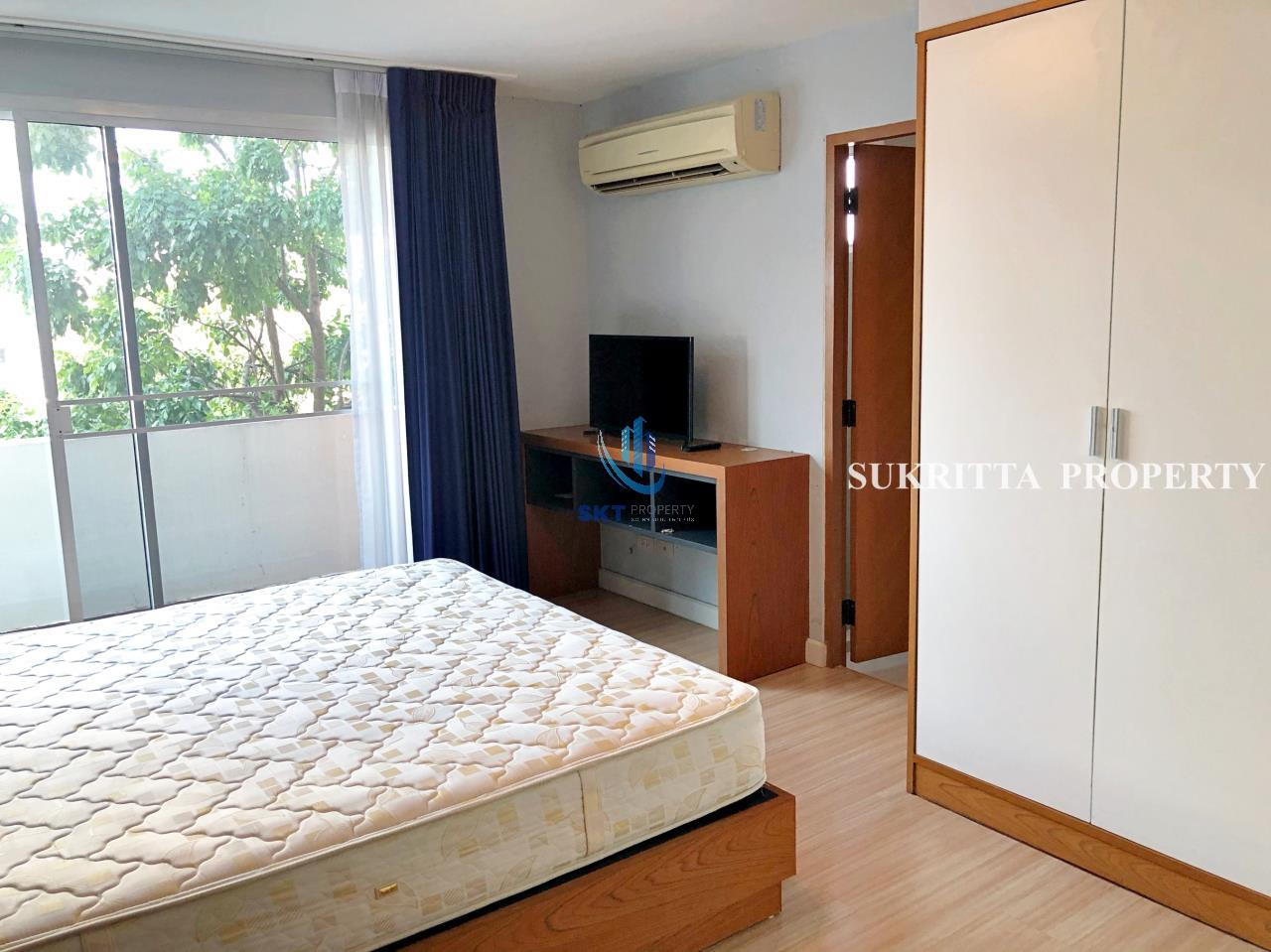 Sukritta Property Agency's Turnberry Condominum Near Bts Prompong 6
