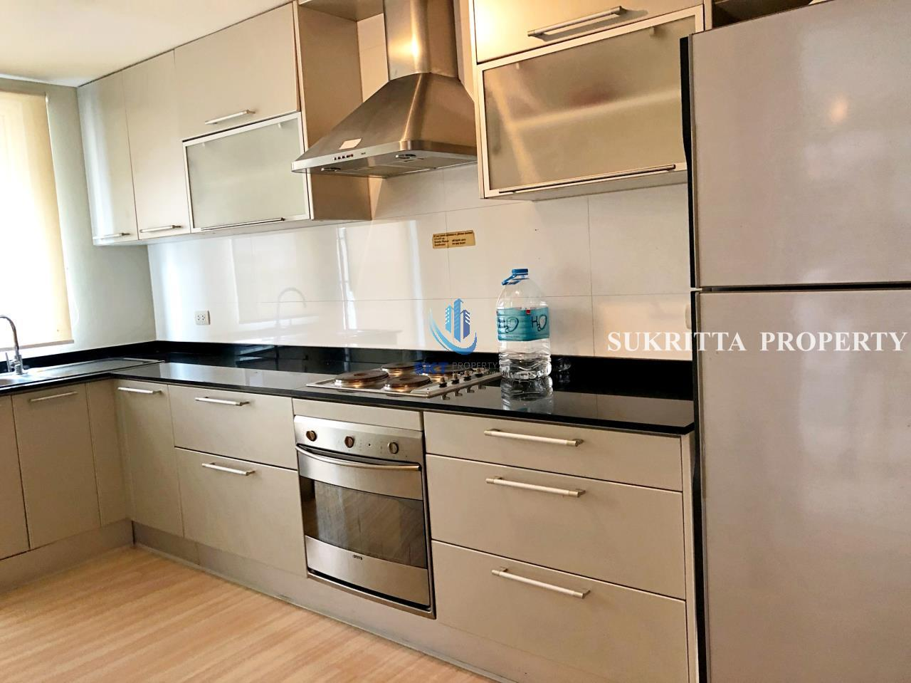 Sukritta Property Agency's Turnberry Condominum Near Bts Prompong 4