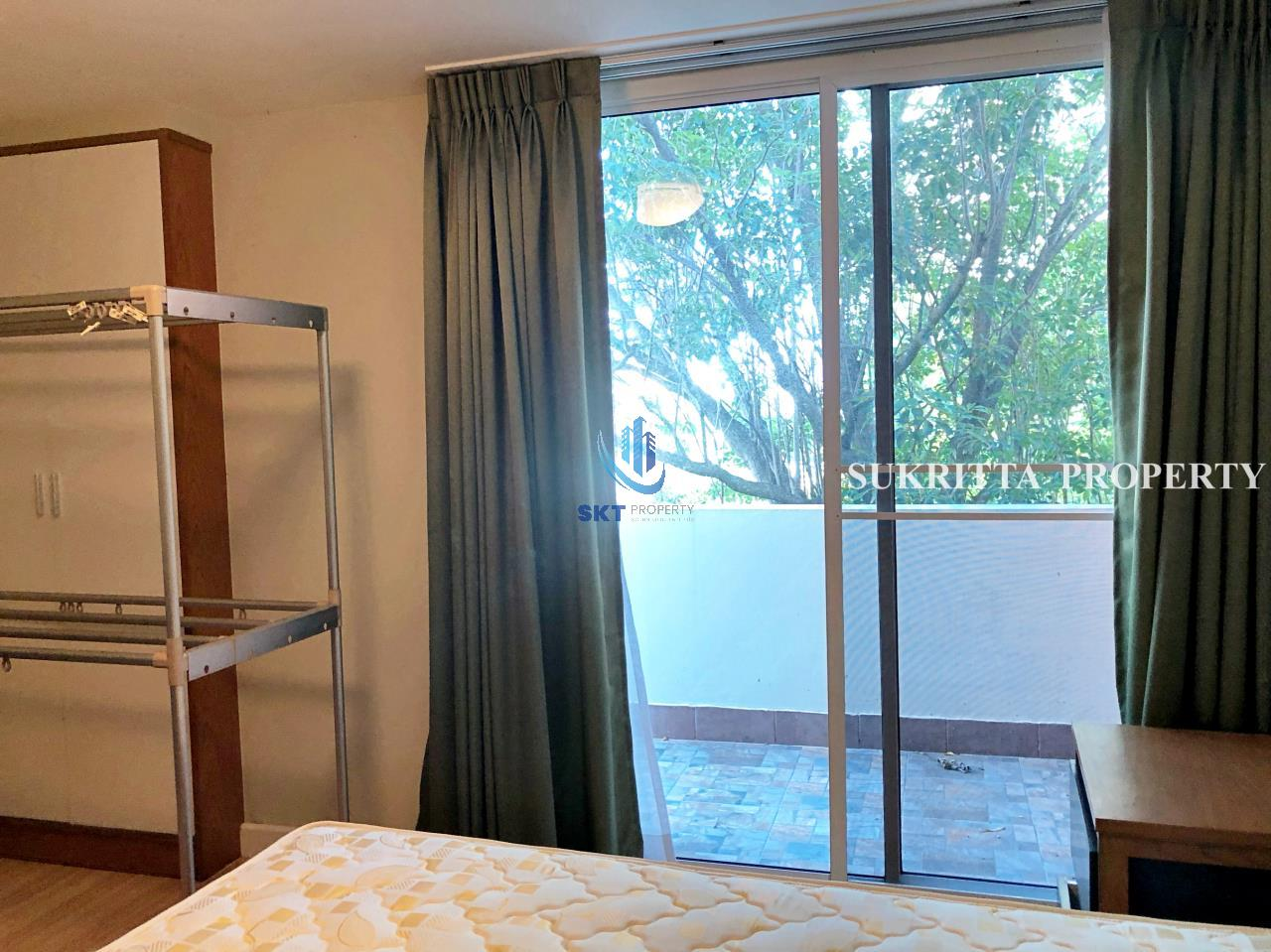 Sukritta Property Agency's Turnberry Condominum Near Bts Prompong 12