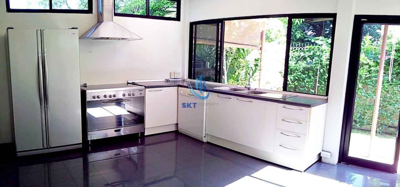 Sukritta Property Agency's Baan Prongjai - Sathorn Soi 1 - MRT Lumpinee 4