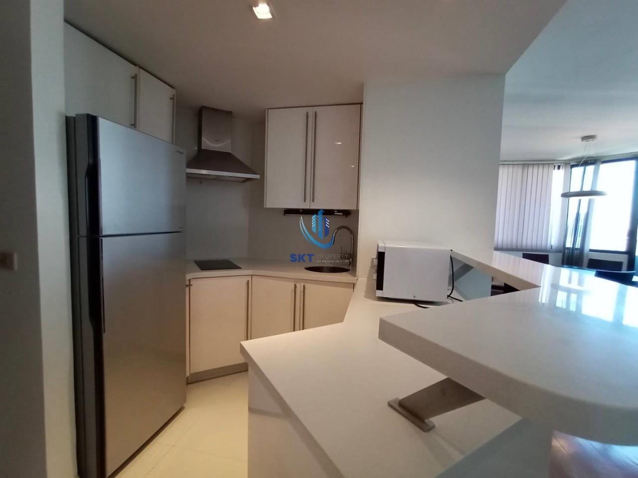 Sukritta Property Agency's Lake Avenue (BTS Asoke) Sukhumvit 16 5
