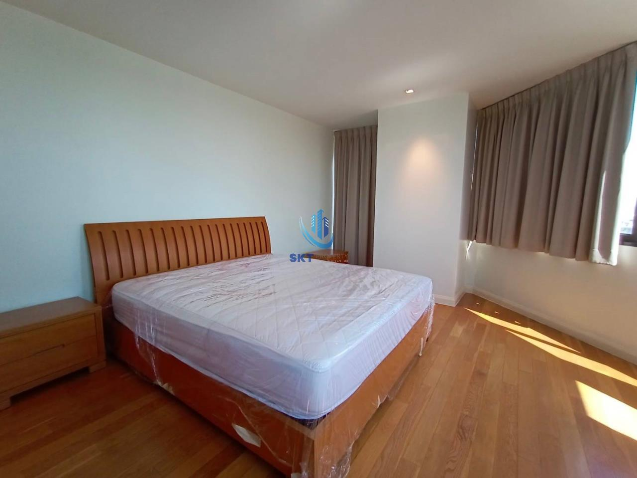 Sukritta Property Agency's Lake Avenue (BTS Asoke) Sukhumvit 16 6