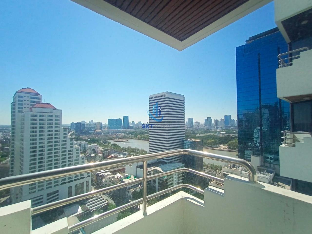 Sukritta Property Agency's Lake Avenue (BTS Asoke) Sukhumvit 16 8