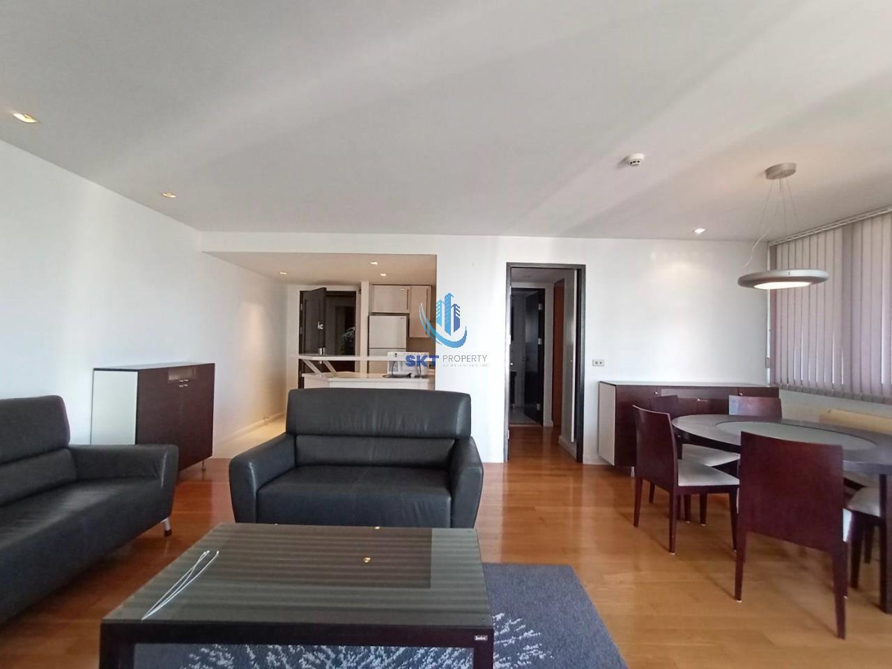 Sukritta Property Agency's Lake Avenue (BTS Asoke) Sukhumvit 16 2