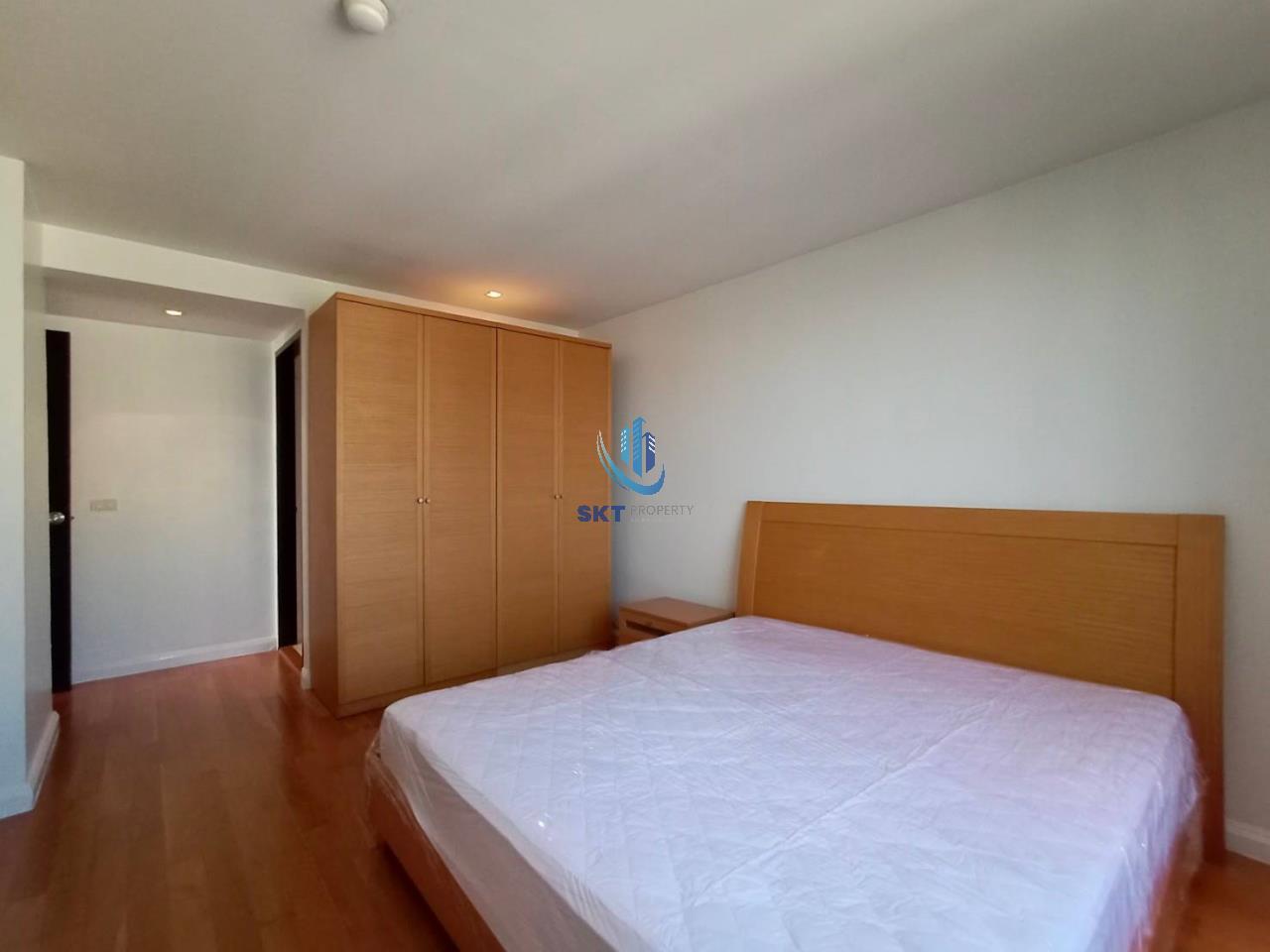 Sukritta Property Agency's Lake Avenue (BTS Asoke) Sukhumvit 16 11