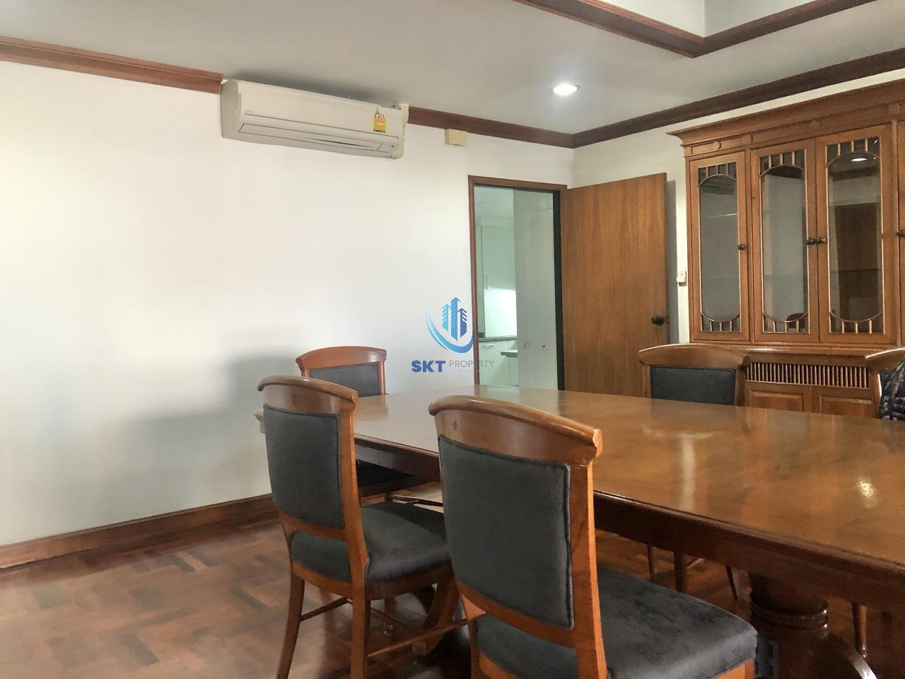 Sukritta Property Agency's Sethiwan Palace - Sukhumvit soi 4 - Bts Nana 4