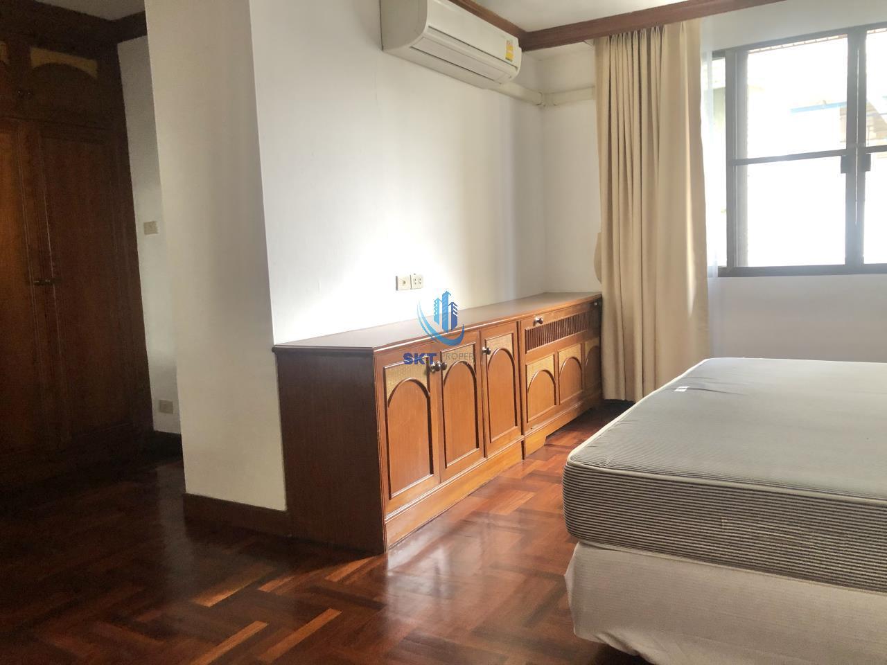 Sukritta Property Agency's Sethiwan Palace - Sukhumvit soi 4 - Bts Nana 9