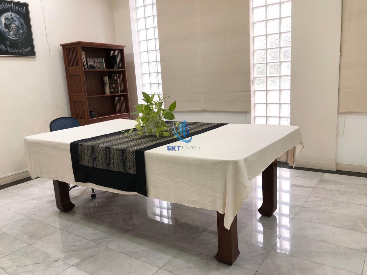 Sukritta Property Agency's Mooban Home Place Sukhumvit 71 10