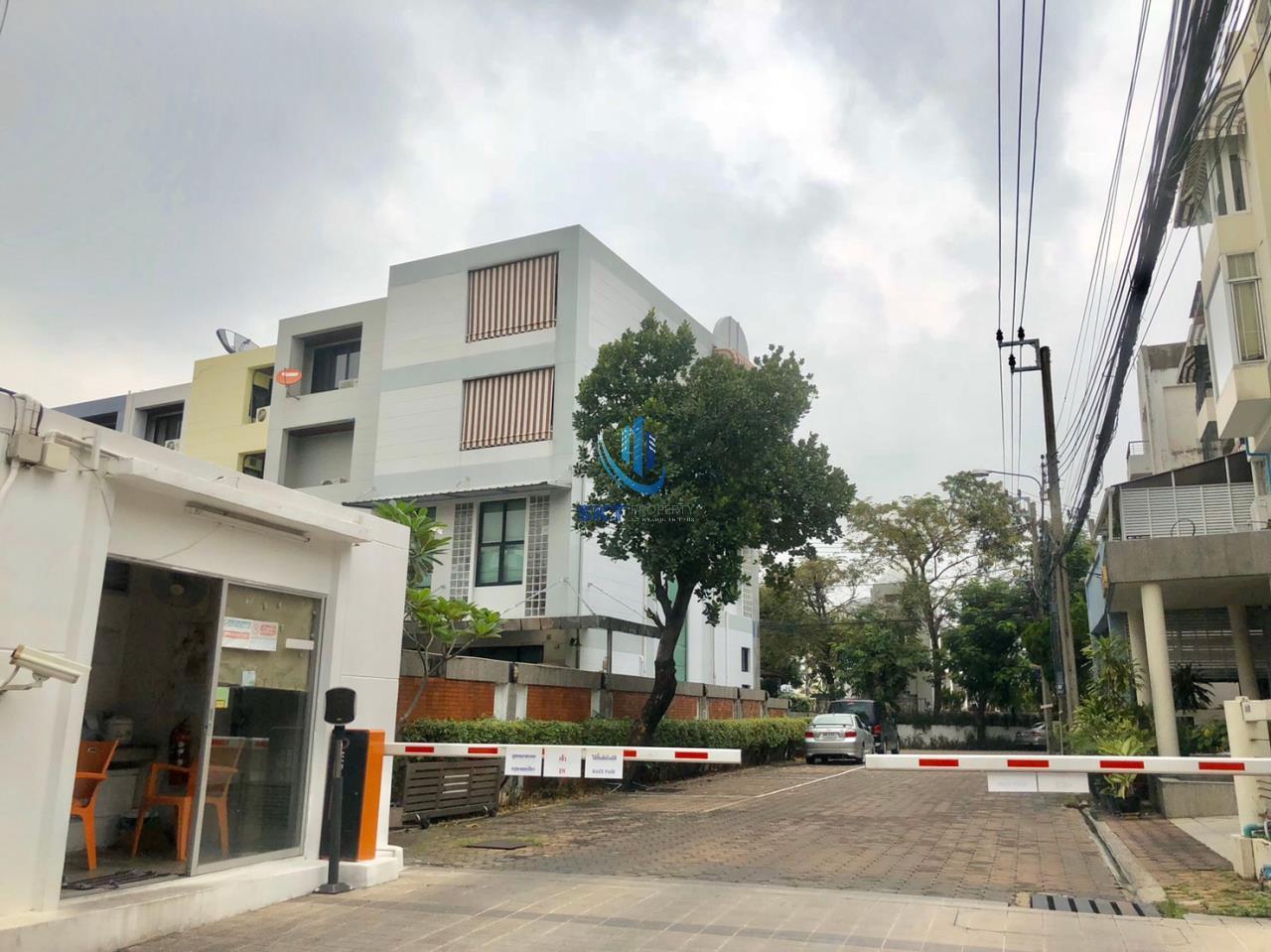 Sukritta Property Agency's Mooban Home Place Sukhumvit 71 1