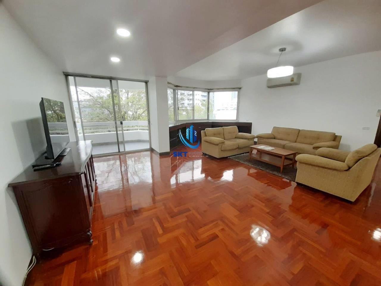 Sukritta Property Agency's Kanta mansion sukhumvit 26 - Bts Prompong 1