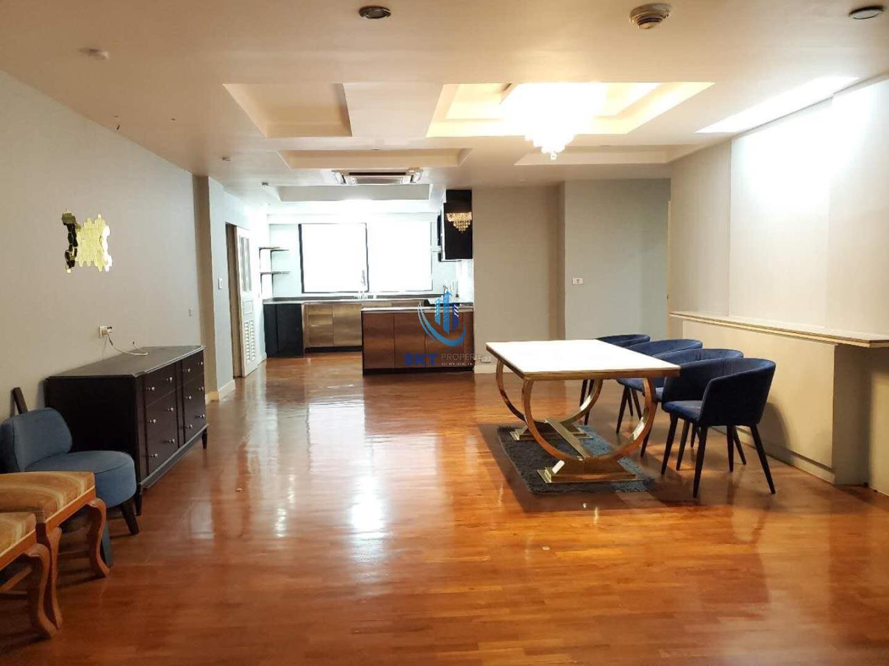 Sukritta Property Agency's  Apartment - BTS Phrom Phrong 2