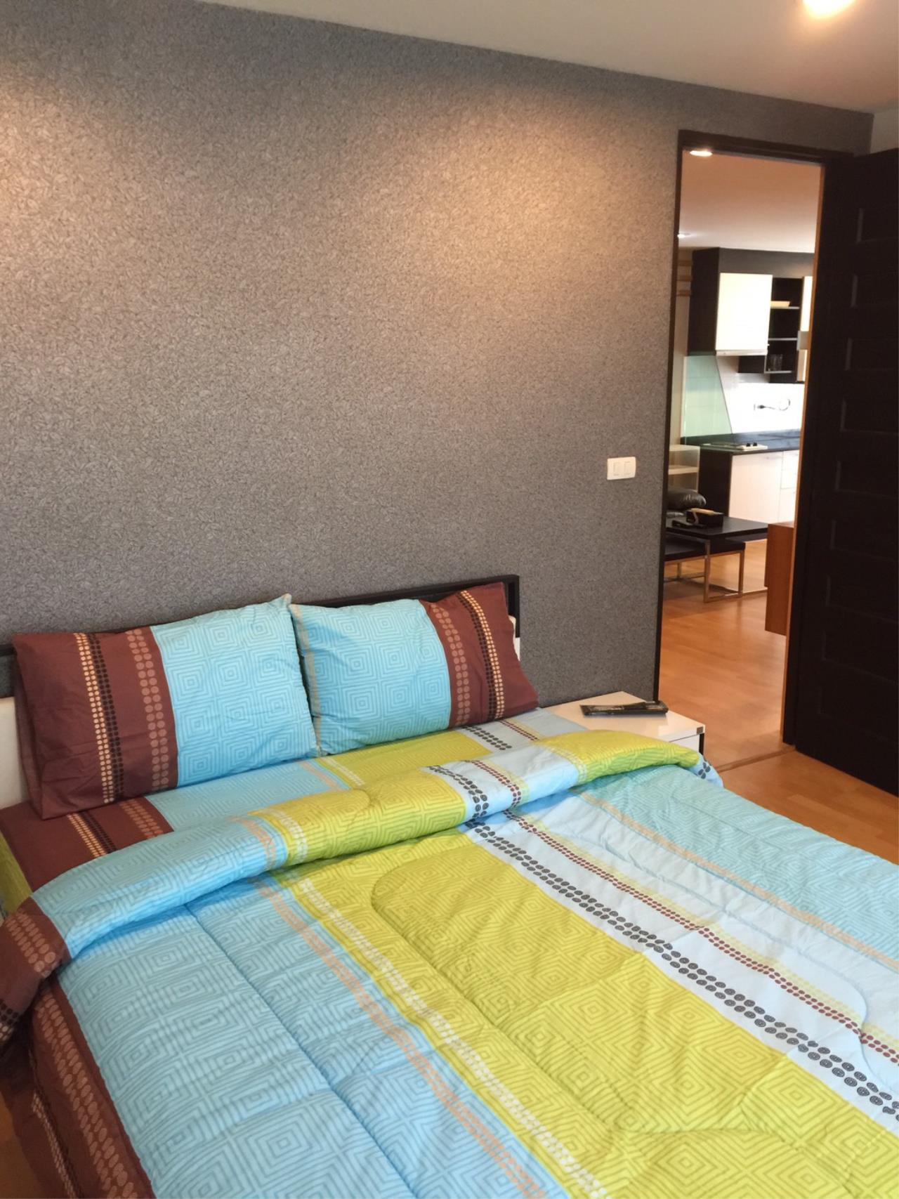 In Bangkok Condo Agency's Phrom Phong BTS  2 bed well furnished open view walking distance to Emquartier   5