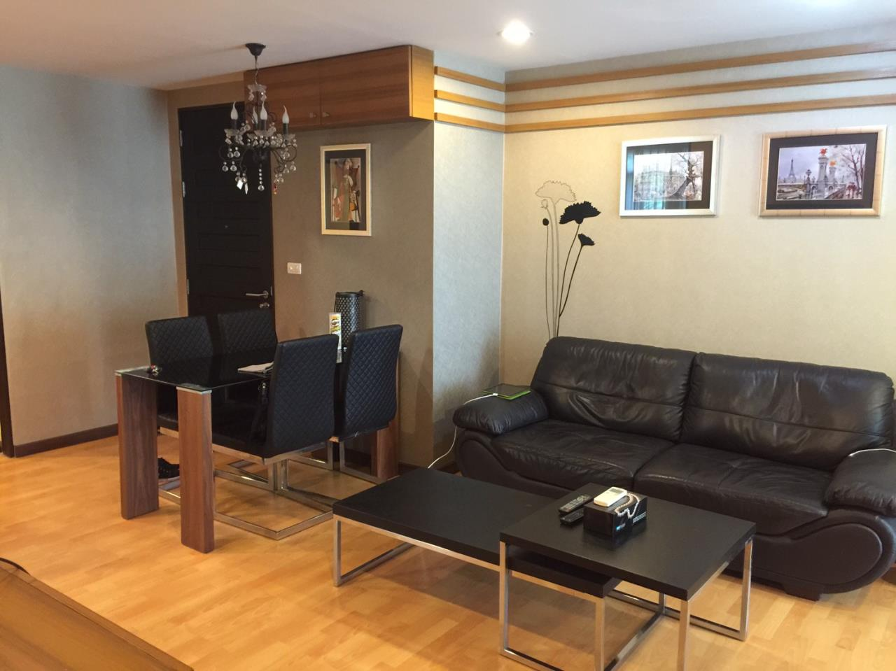 In Bangkok Condo Agency's Phrom Phong BTS  2 bed well furnished open view walking distance to Emquartier   1