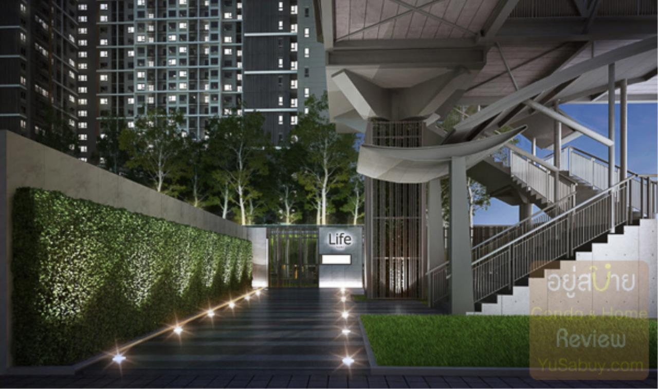 In Bangkok Condo Agency's Life Asoke off plan completed soon.  hard to find corner unit 9