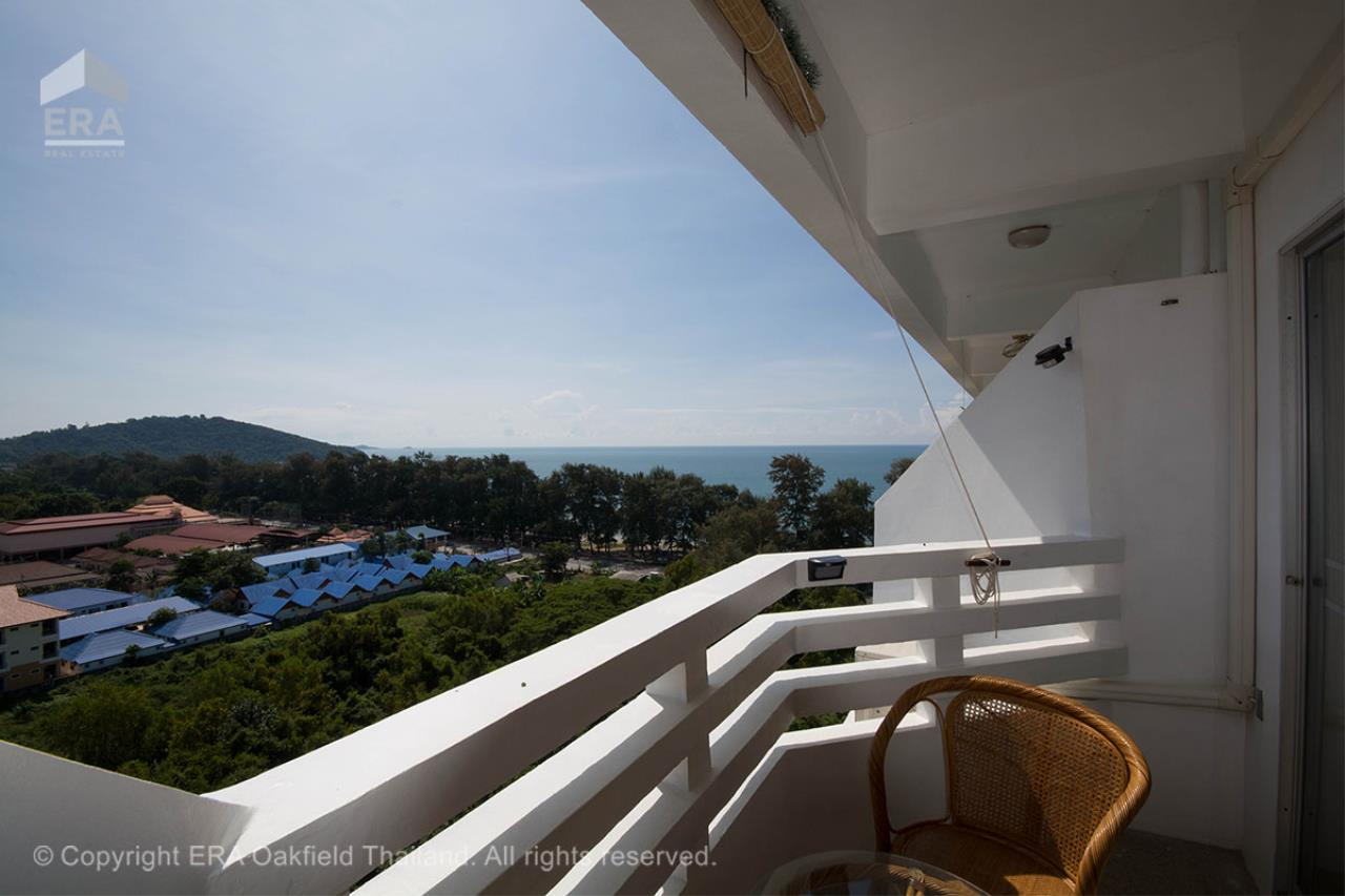 ERA Rayong Agency's Super nice and lavish beach apartment at great price! 2