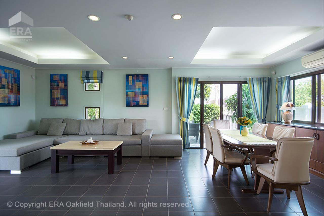 ERA Rayong Agency's Modern home with private swimming pool in a fantastic development 11