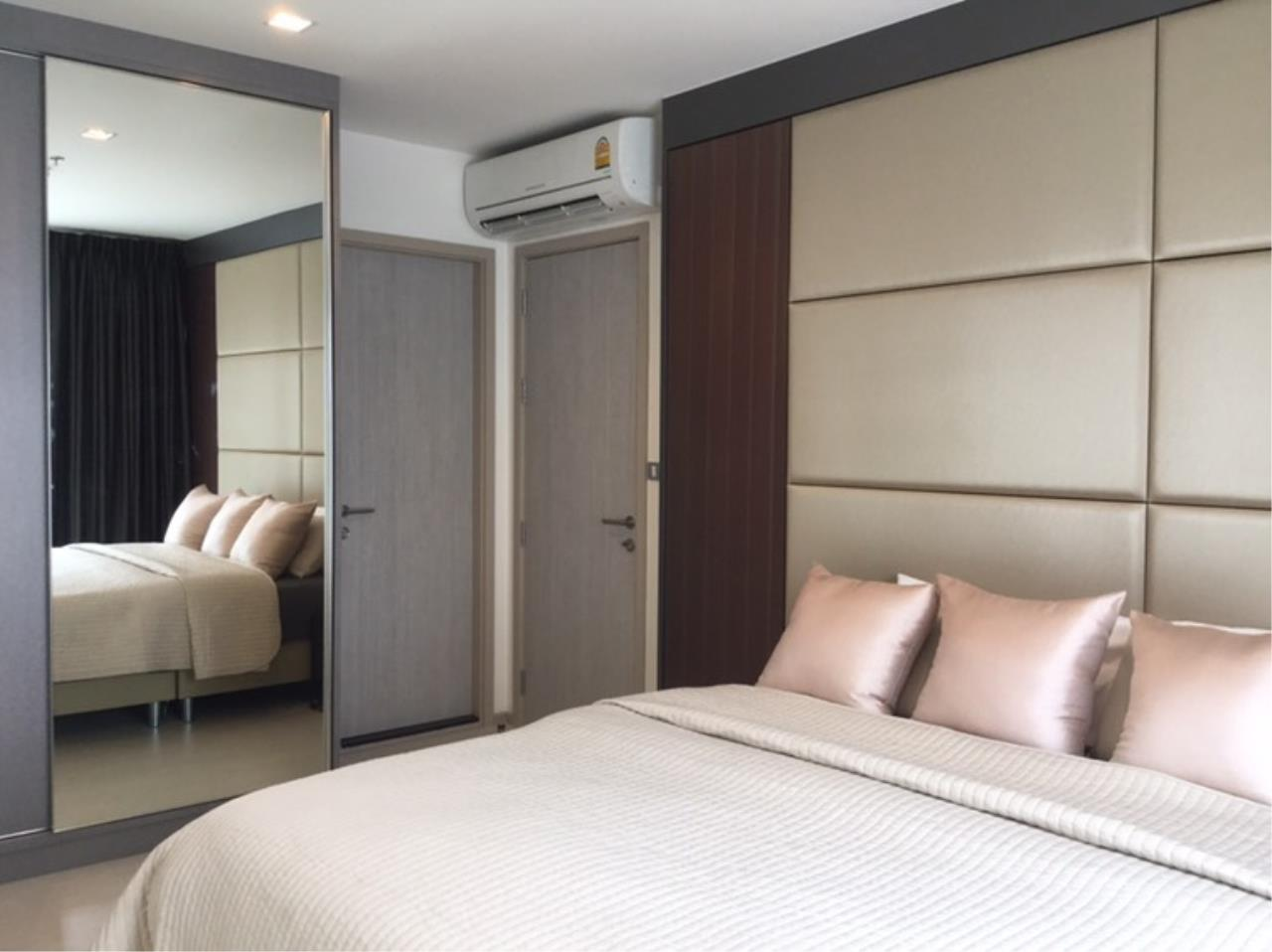 Agent - Pondphat Agency's Rhythm Sukhumvit near BTS Thong Lor 2Bed 2Bath 55sqm Fully Furnished  3