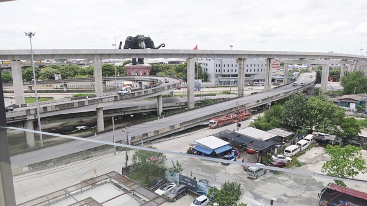 Estate Corner Agency (Samut Prakan) Agency's Condo for sale with tenant Tropicana near BTS Erawan. 12