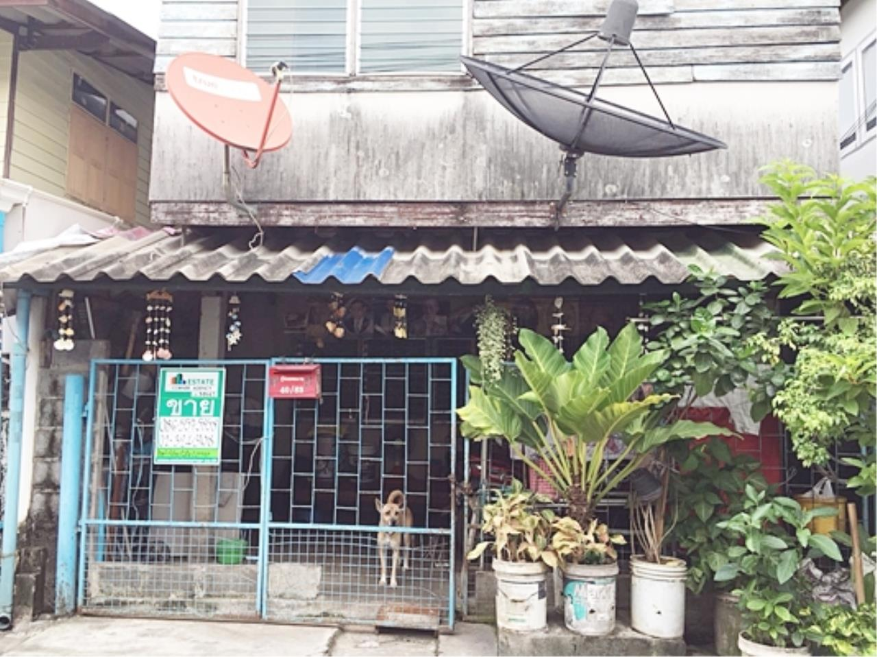 Estate Corner Agency (Samut Prakan) Agency's Sale House with land near Soi Sukapiban 2 near mega Bangna. 2