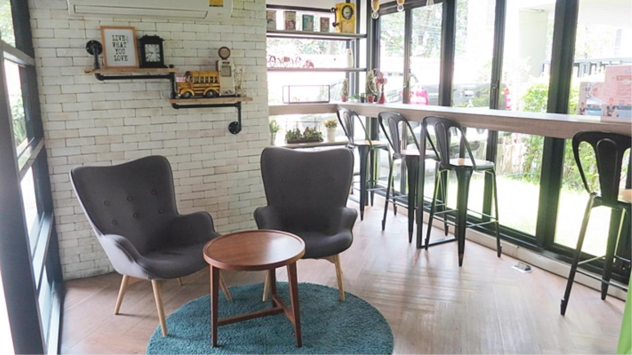 Estate Corner Agency (Samut Prakan) Agency's Condo for sale B-loft Sukhumvit  115  close to BTS  only 500 m. Fully furnished. 14