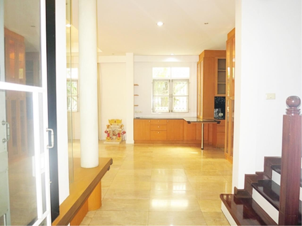 Estate Corner Agency (Samut Prakan) Agency's Single house for sale Ladprao, fully furnished. 6