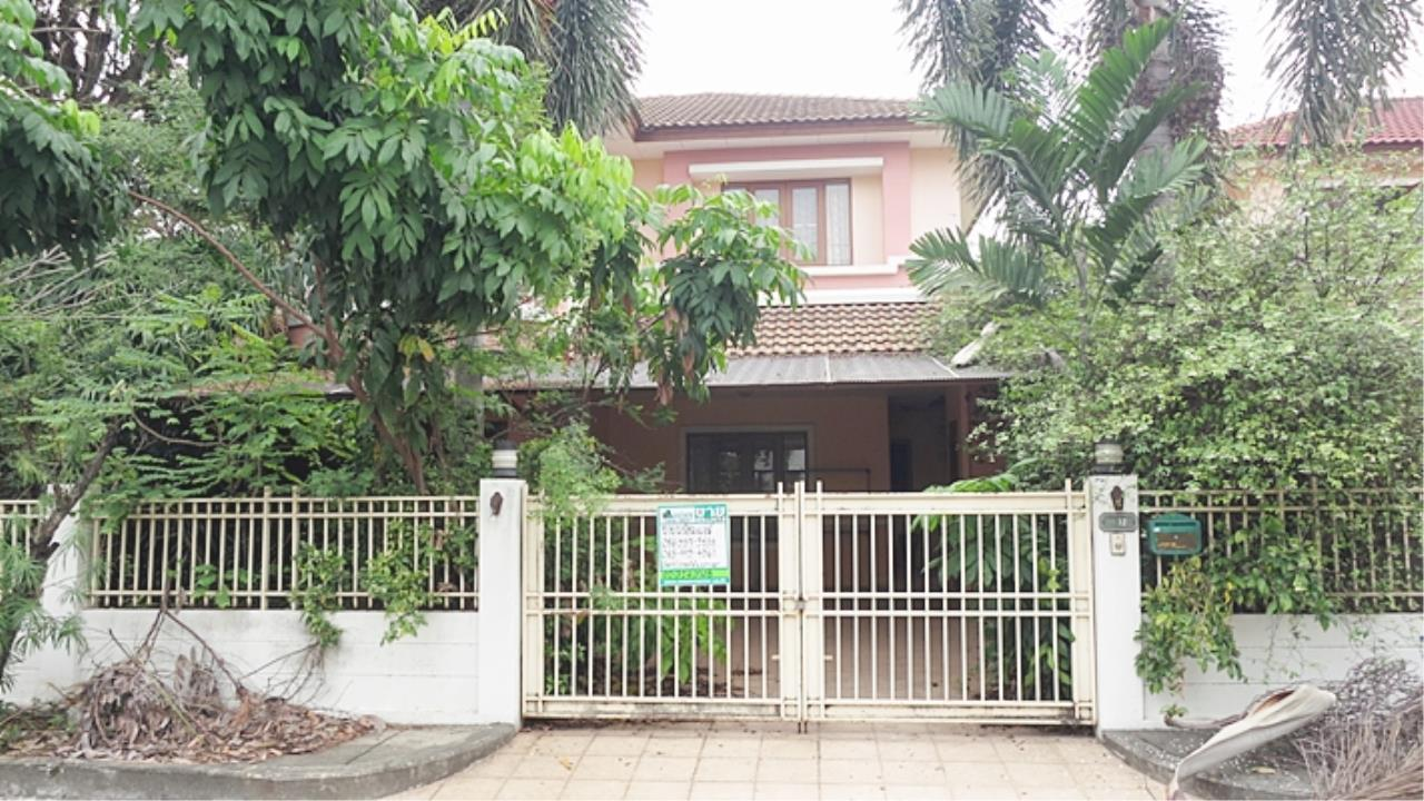 Estate Corner Agency (Samut Prakan) Agency's Sale 2 storey house, Neighborhome Ramintra - Watcharapol, behind the corner, fully furnished. 2