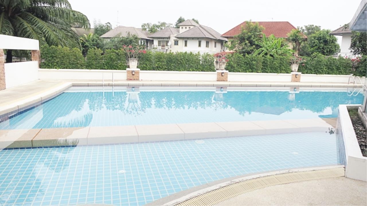 Estate Corner Agency (Samut Prakan) Agency's Sale 2 storey house, Neighborhome Ramintra - Watcharapol, behind the corner, fully furnished. 33