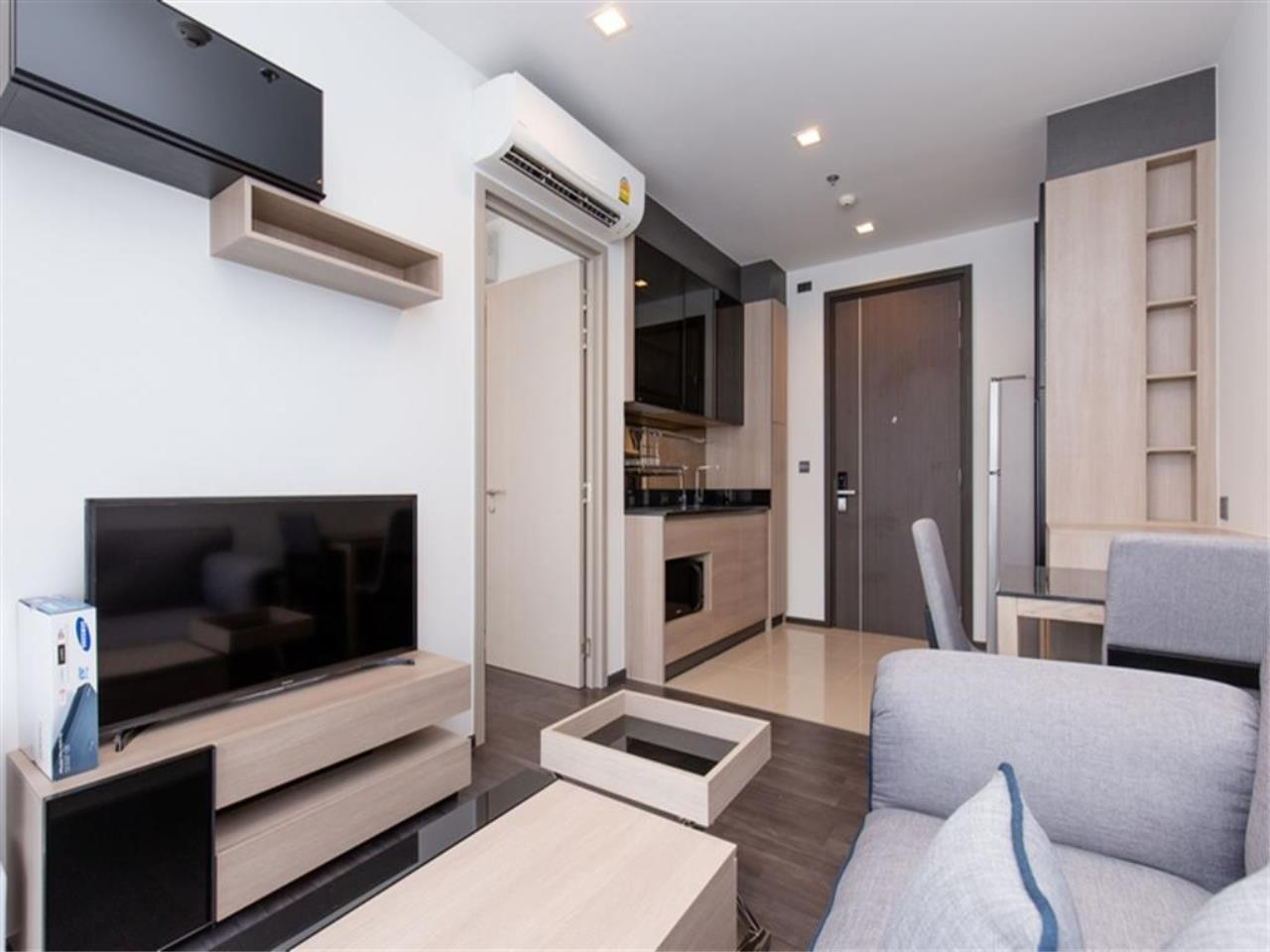 Agent - Vicky Puniramai Agency's Lovely unit for rent at  THE LINE Asoke - Ratchada   THB 18,500 / MO. 3