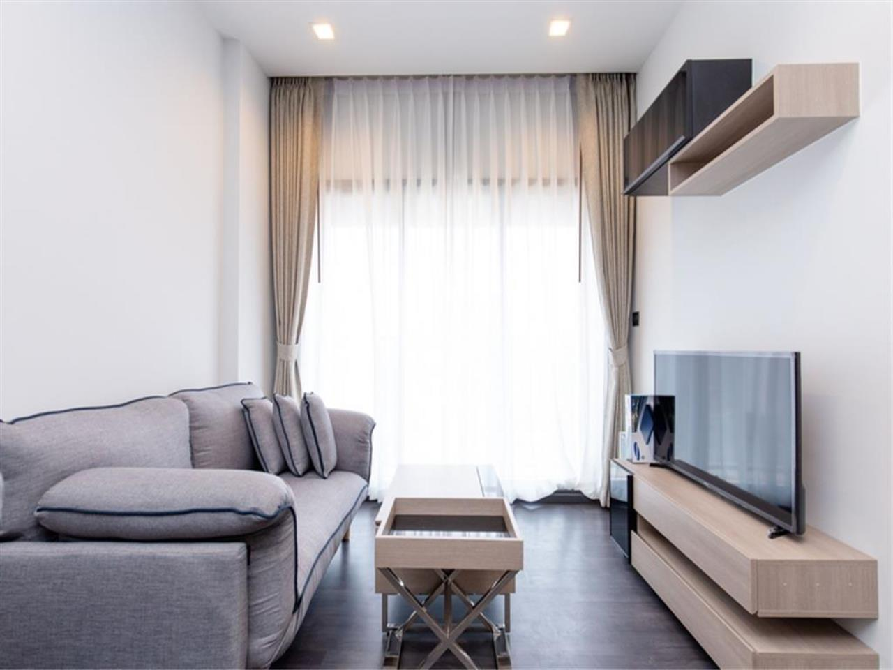 Agent - Vicky Puniramai Agency's Lovely unit for rent at  THE LINE Asoke - Ratchada   THB 18,500 / MO. 9