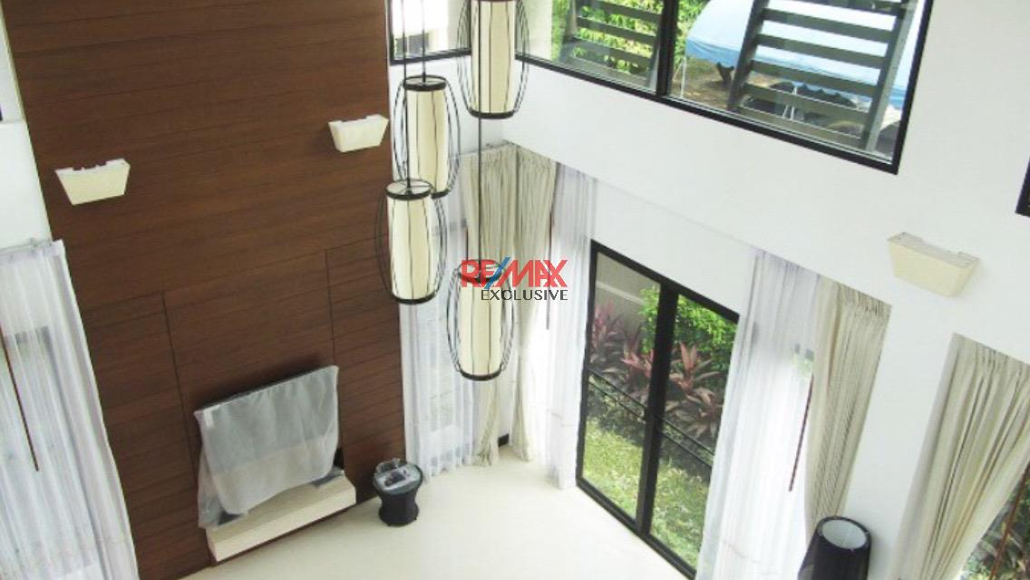 RE/MAX Exclusive Agency's Thonglor House with Private Pool in Secured Compound 4