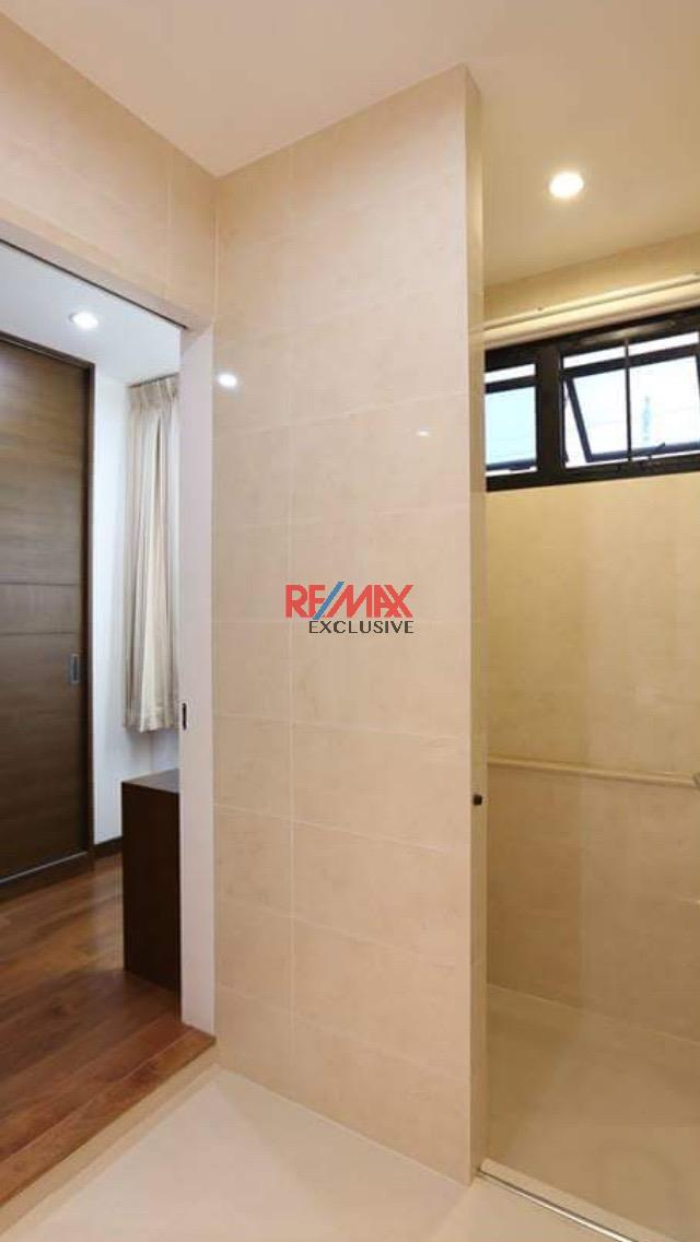 RE/MAX Exclusive Agency's Thonglor House with Private Pool in Secured Compound 12